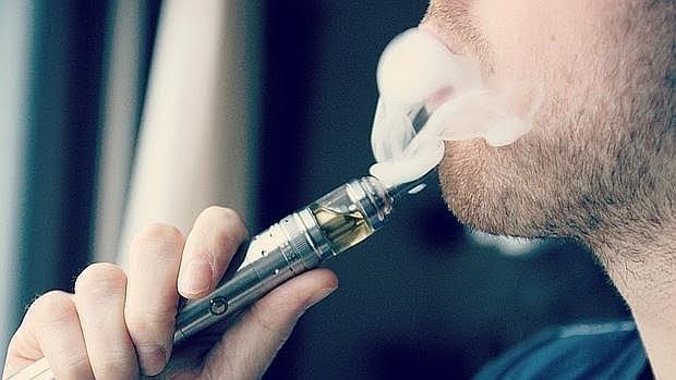 El vapor de los e-cigarrillos